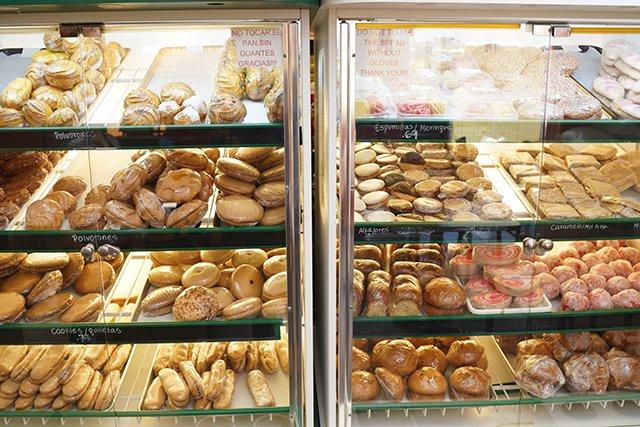 cookies_la-sabrosita-bakery_jay-paul.jpg