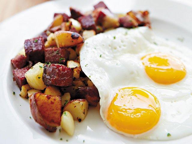 lucys-restaurant-breakfast.jpg