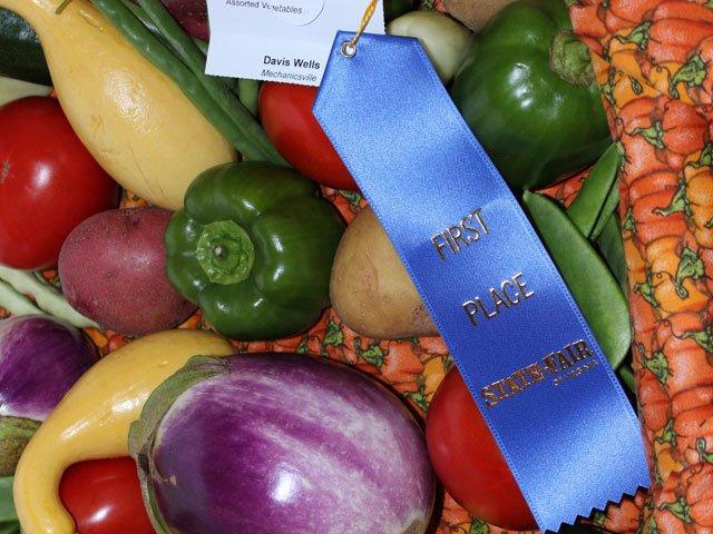 state-fair-winning-vegetables.jpg