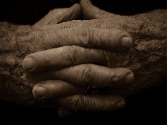 bud-brodecki-hands.jpg