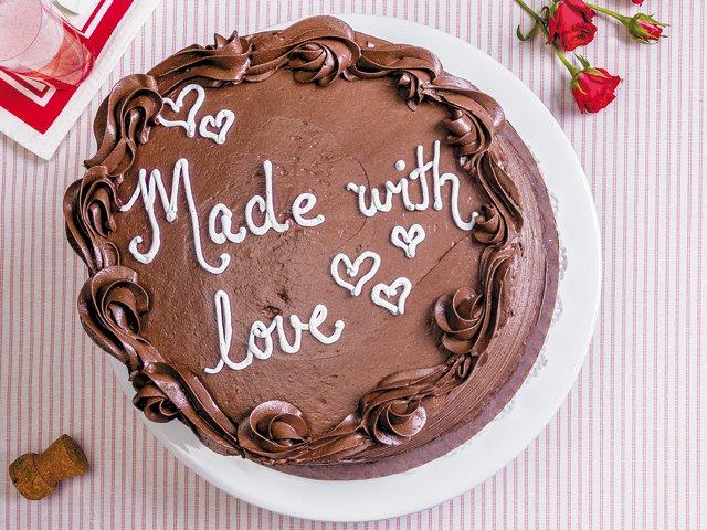 valentines-day-cake.jpg