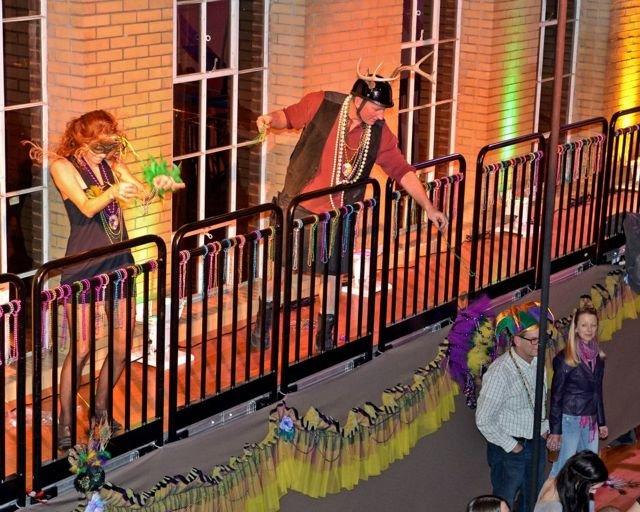 balconytoss.jpg