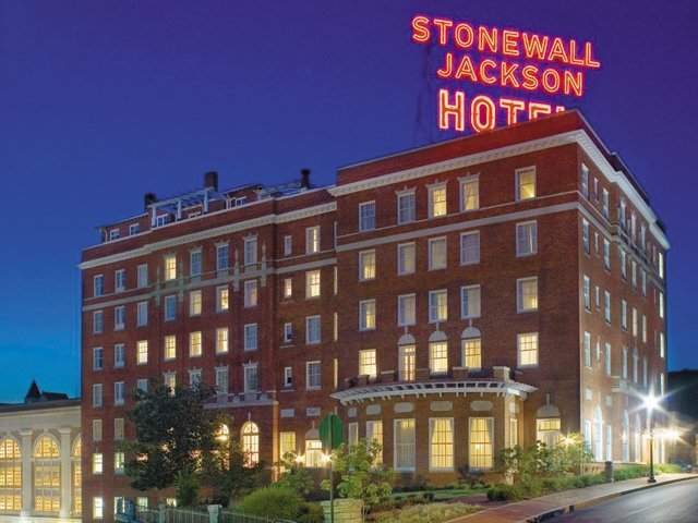 stonewall-jackson-hotel.jpg