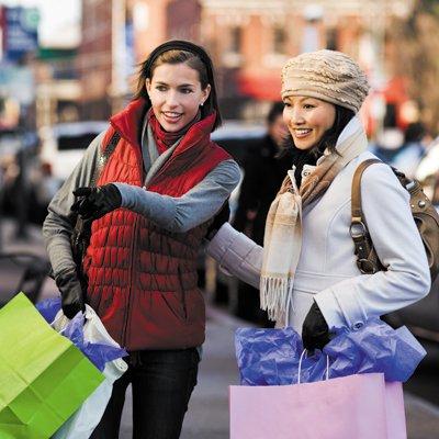 Shopping_Carytown_cVTC_rp0215.jpg