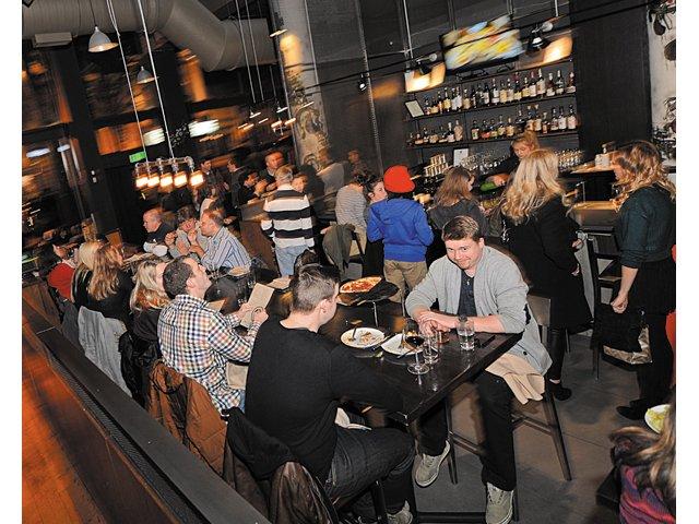 Dining_Review_Graffiato_interior_ASH_DANIEL_rp0315.jpg