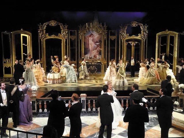 la-traviata-opera.jpg