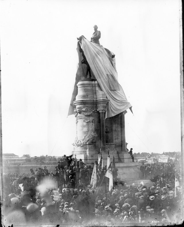 Unvieling of the Lee Monument, 1890