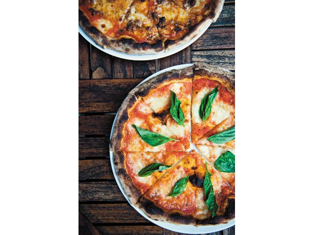 Tazza Kitchen's Margherita Pizza