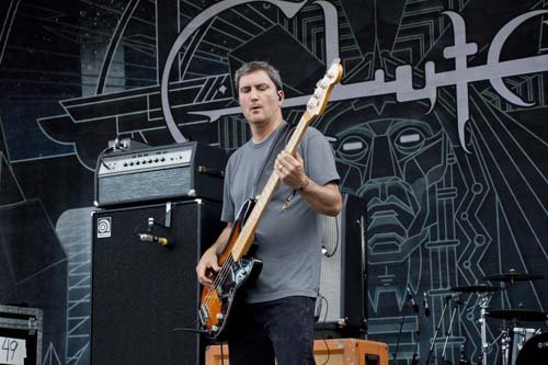 Dan Maines bassist of Clutch_GWARBQ 2015_ Justin Vaughan photo.jpg