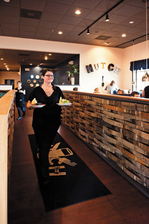 Dining_Hutch_interior_BETH_FURGURSON_rp0815.jpg