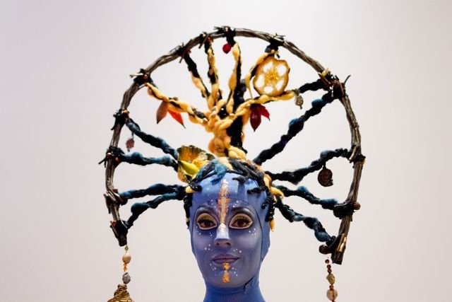 Toruk_clan_headdress.jpg