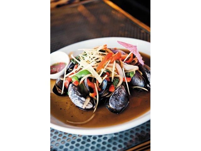 Dining_review_Sabai_HoyLaiPed_BETH_FURGURSON_rp1215.jpg