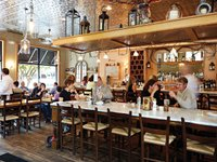 best_restaurants_stellas_interior_walor_rp1115.jpg
