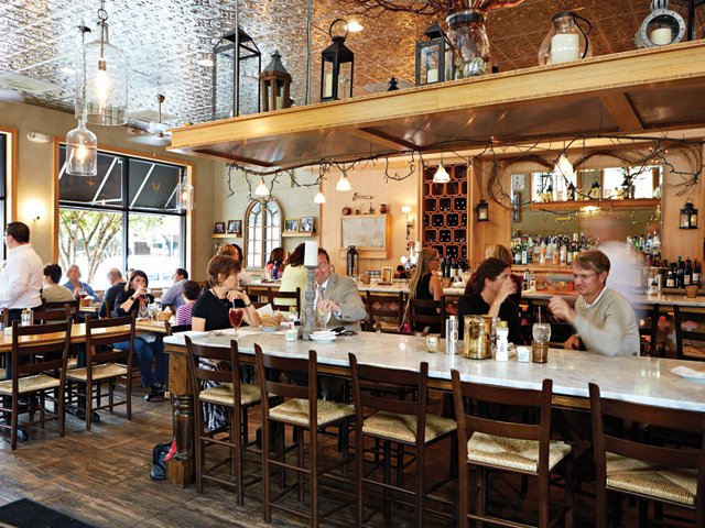 best_restaurants_stellas_interior_walor_rp1115.jpg